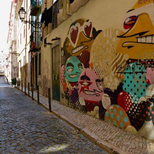lisbon-bairro-hidden-gems-things-to-do-walking-tour-history-friends-couples-groups-activities