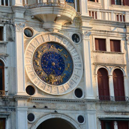 venice-clock-travel-hidden-gems-things-to-do-walking-tour-history-friends-couples-groups-activities