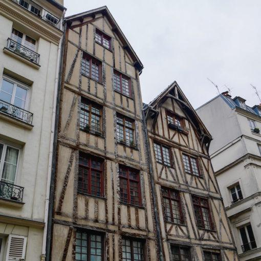paris-old-houses-travel-hidden-gems-things-to-do-walking-tour-history-friends-couples-groups-activities