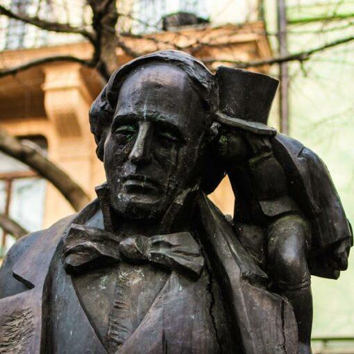 bratislava-statues